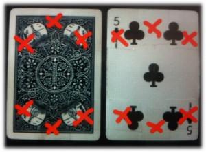 Stahlplatten mit aufgeklebten Spielkarten